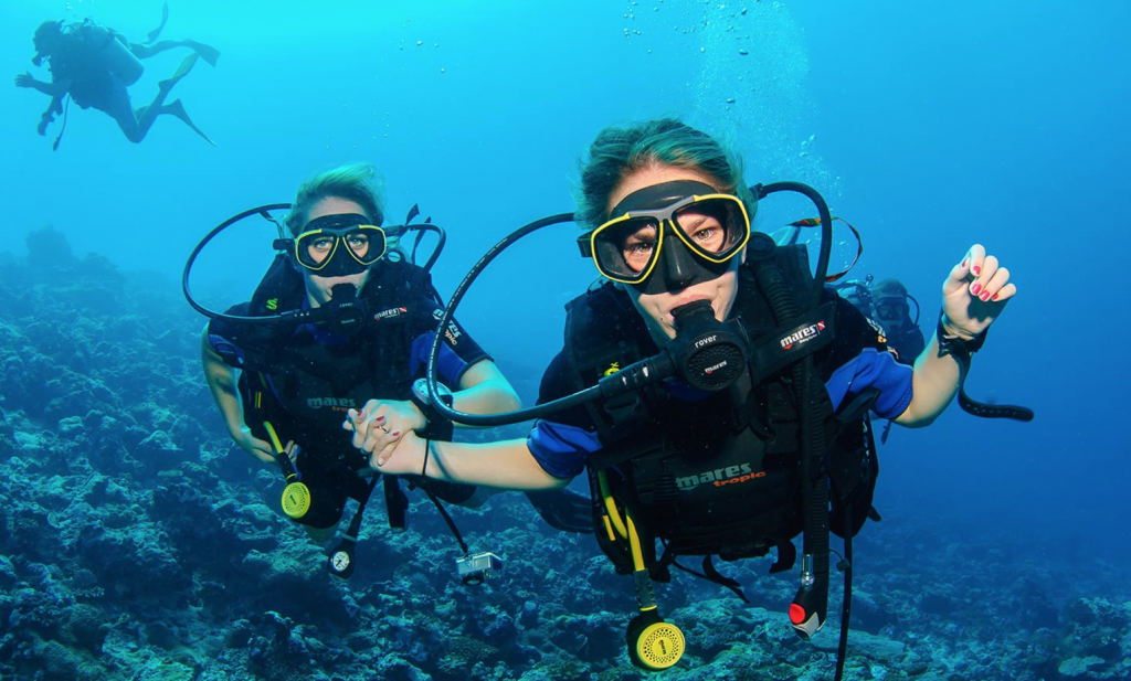 diving-deep-with-friends
